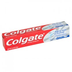 Colgate Whitening Brisk Mint Toothpaste with Baking Soda and Peroxide, 2.8 oz.