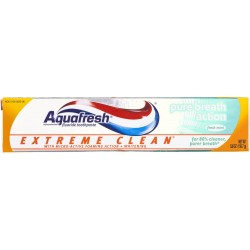 Aquafresh Extreme Clean Pure Breath Action Fluoride Toothpaste, Mint 5.6 oz